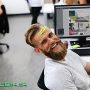 شاد بودن در محیط کار