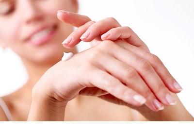 کرم های مرطوب کننده پوست