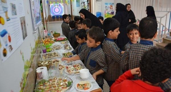 تغذیه در مدارس