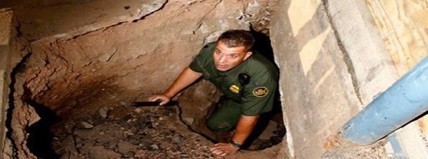 رفت و آمد در راهروهای زیرزمینی