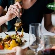 بررسی غذا در سمیت مواد