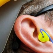 راهنمای روش های انتخاب وسایل حفاظت شنوایی