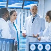 بررسی و تعیین خطاهای انسانی در بخش های ویژه بیمارستان