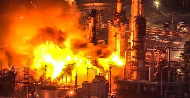 محیط های گازی و ابرهای گرد و غبار قابل انفجار