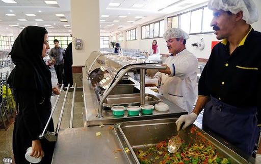 بررسی نگرش دانشجویان واحد علوم پزشکی دانشگاه آزاد در خصوص ایمنی و بهداشت مواد غذایی