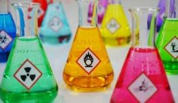 برنامه مدیریت مواد شیمیایی خطرناک