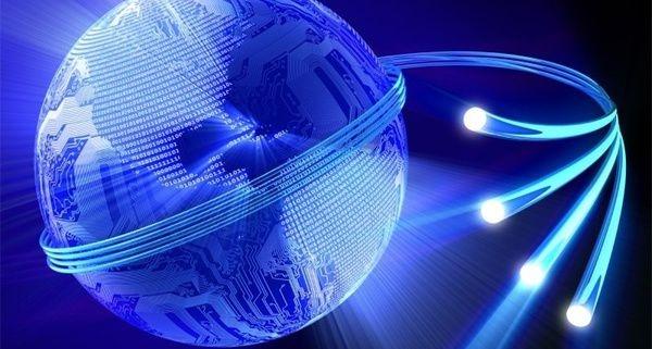 استفاده از سیستم های لوله نوری برای استفاده از روشنایی روز در محیط های صنعتی