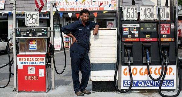 ارزیابی سطح فرهنگ ایمنی کارکنان پمپ بنزین های سطح شهر تهران